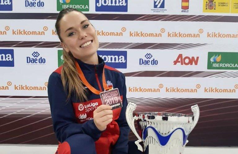 María López, bronze per equips amb Espanya a la Premiere League de Kàrate a  Madrid - somMontornès